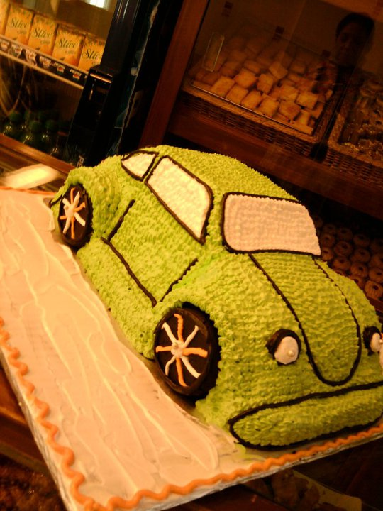Car Shaped Cake  (6 lbs)