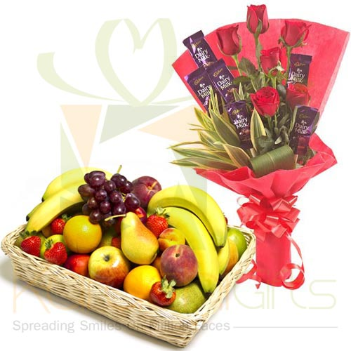 Choc Rose Bouquet With Fruits