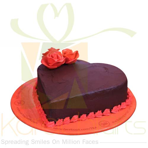 Couple Rose Heart Cake By Sachas