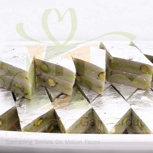 Kaju Katli with Pista Chunks 1Kg
