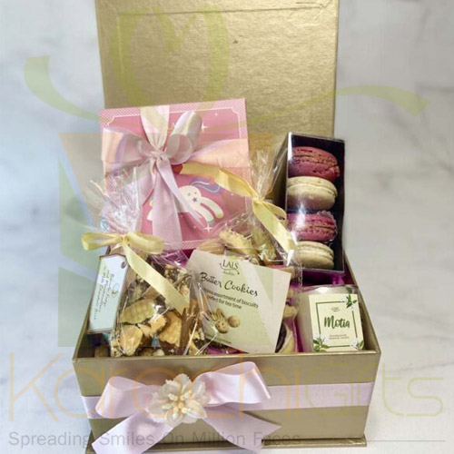 Its a GIRL Hamper By Lals