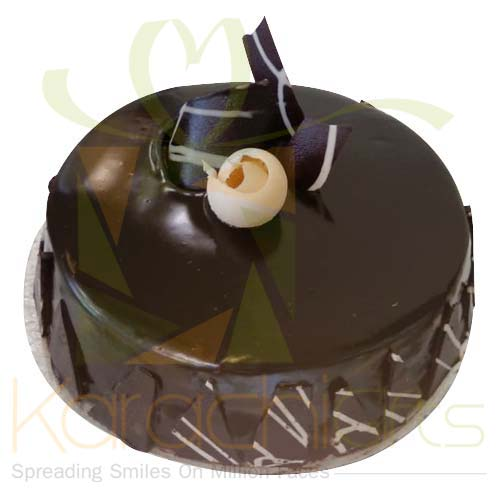 Chocolate Fudge Cake (2lbs) From Movenpick
