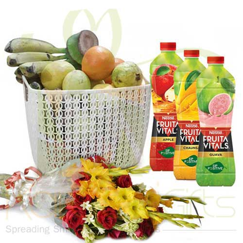 Juices With Fruits And Bouquet