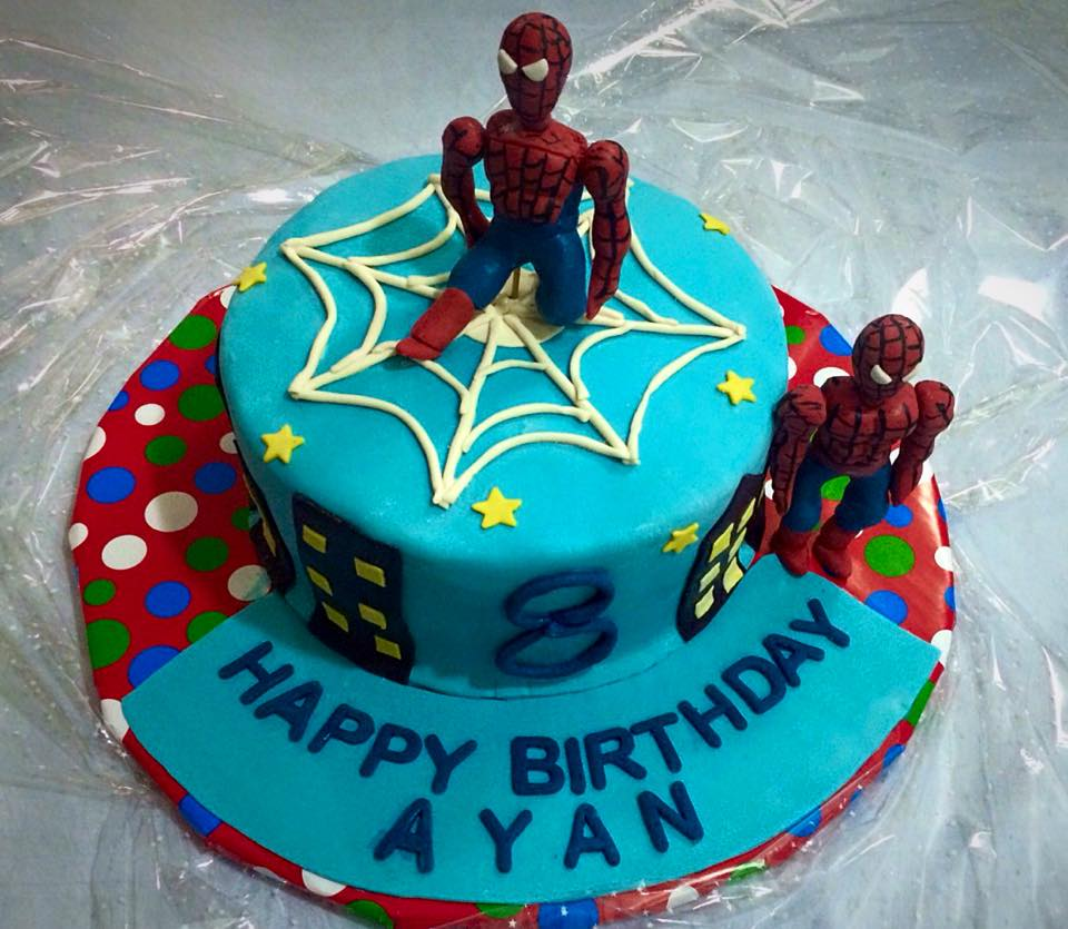 Spider Man Theme Cake ( 5 lbs)