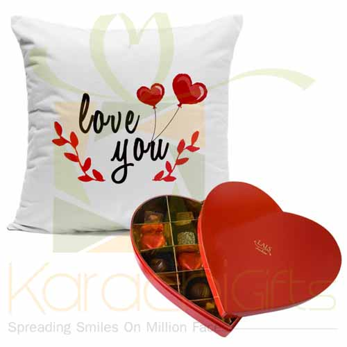 Love You (Cushion With Heart Choco Box)