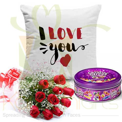 Love Cushion And Chocs Roses