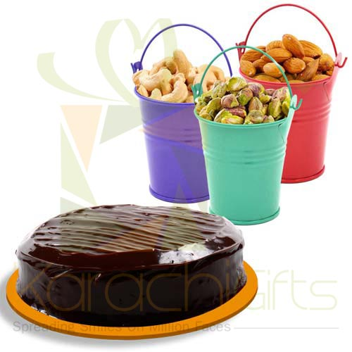Cake With Dry Fruit Buckets